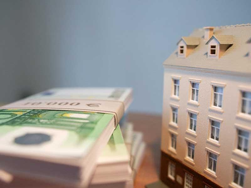 Как перевести деньги за недвижимость в испанию